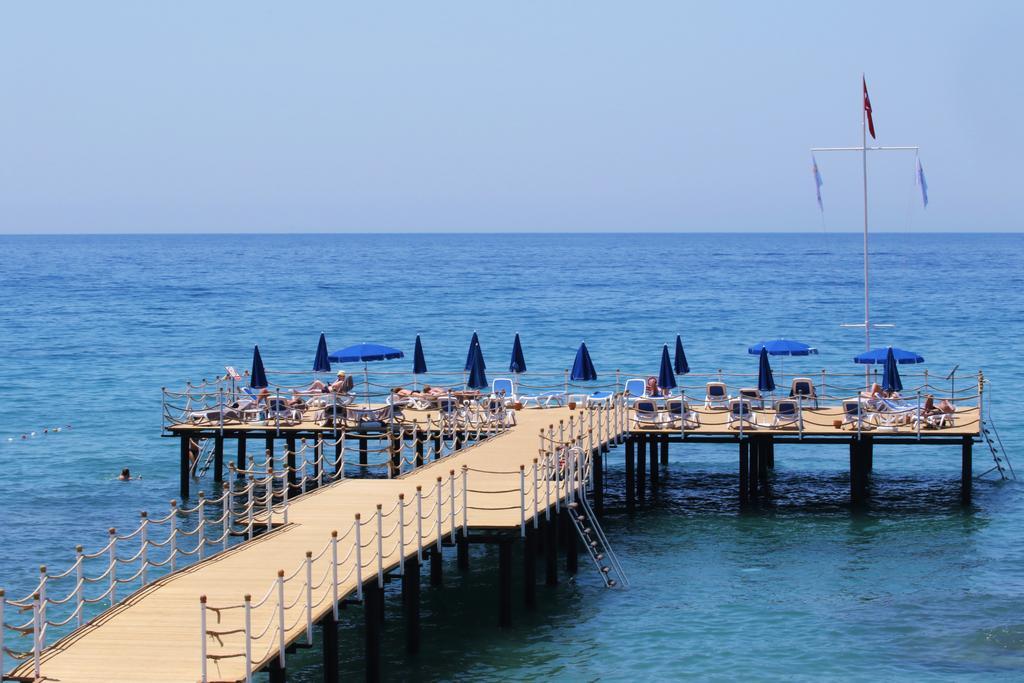 Лучшие отели Алании 5 звезд на первой линии по отзывам